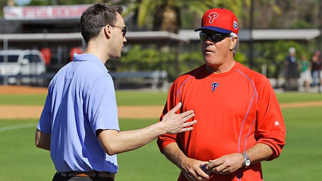 Phillies manager Pete Mackanin will not return to dugout next season