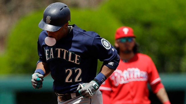 Instant Replay: Mariners 11, Phillies 6