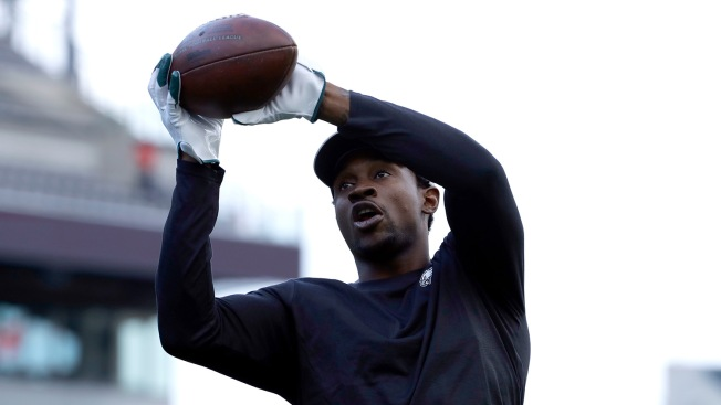 7f408d96298 5 Things You Need To Know About Baby Powder. CSNPhilly.com. Eagles Injury  Update: Alshon ...
