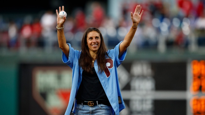 'I Definitely Could Do It:' Carli Lloyd Getting Serious About NFL Career