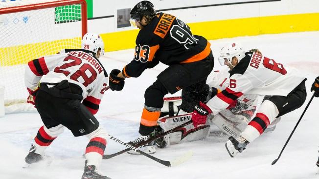 Flyers  Jakub Voraceks Brilliant Effort Results In Big Home Win