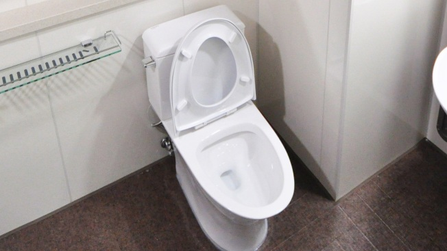 Man Sues NJ Town That Charged Him Over Toilet Display in Yard