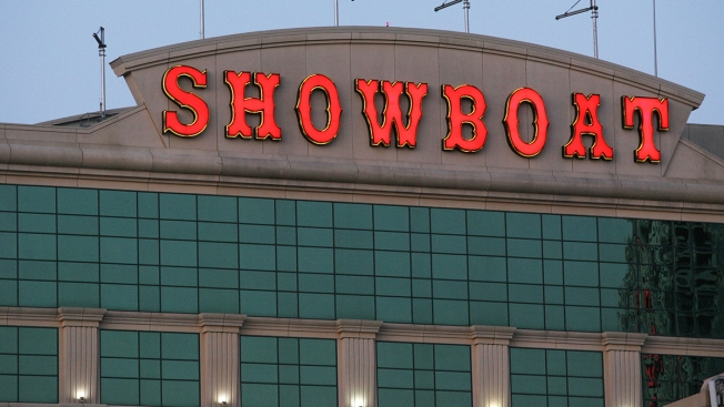 Showboat Casino Workers Protest Planned Closing