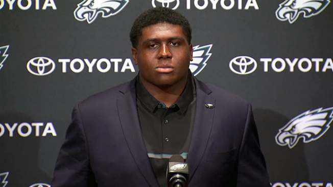 Eagles OL Coach Knows Chance Warmack Like Back of His Hand