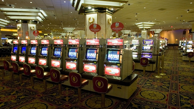 Robbers Take $100,000 in Casino Cash From Woman, 76