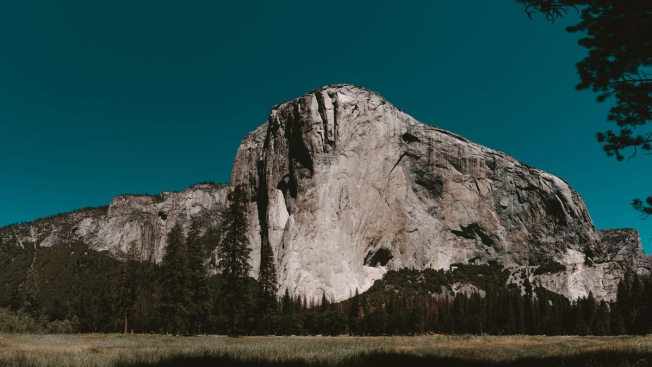 Climbers Set Speed Record on Yosemite's Nose of El Capitan
