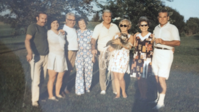 Family From Auction House Photos Found