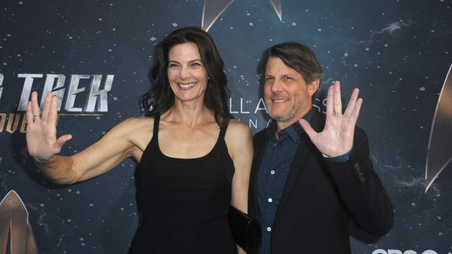 Star Trek's Terry Farrell Marries Adam Nimoy