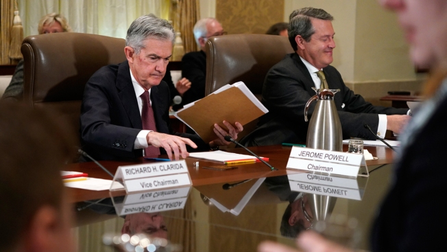 Fed Leaves Key Rate Unchanged But Sees Further Hikes Ahead