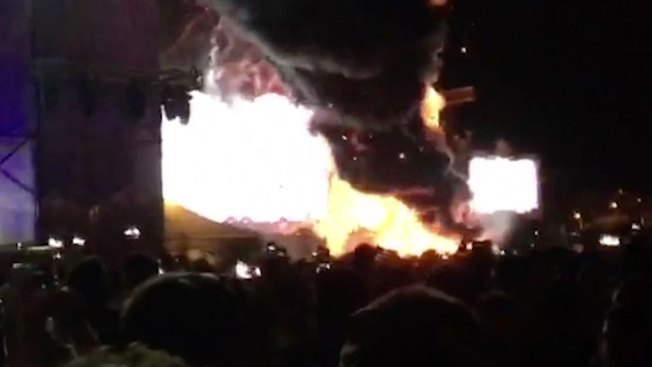 20,000 Fans Flee Huge Fire at Music Festival in Barcelona
