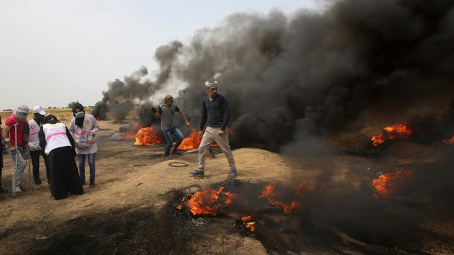 4 Palestinians Killed by Israeli Fire in Gaza Border Protest