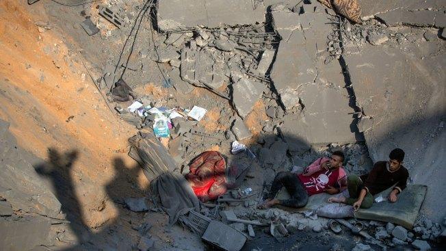 Israel Resumes Strikes on Gaza After Rocket Fire