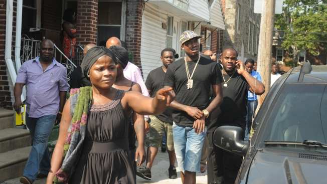 Meek Mill Shows Support for Children Killed in Fatal Fire