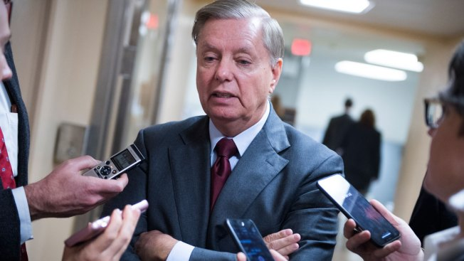 Graham Urging Trump to Reopen Government for a Few Weeks