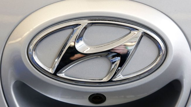 Hyundai Recalls 978,000 Cars for Faulty Seat Belts