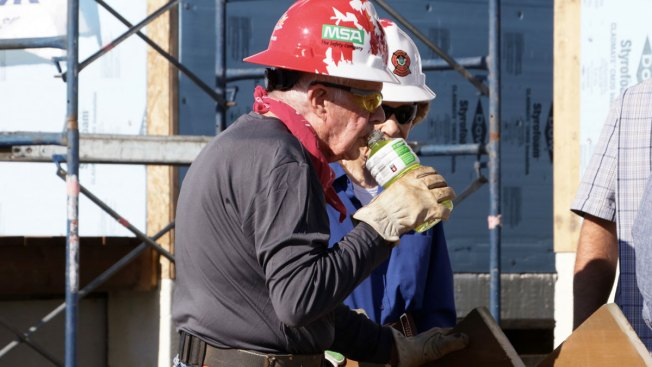 Jimmy Carter Dehydrates While Building Houses in Canada