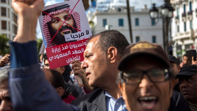 Saudi Crown Prince Visits Tunisia Amid Khashoggi Protests