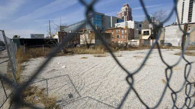 Philly Brokers Deal to Create Land Bank