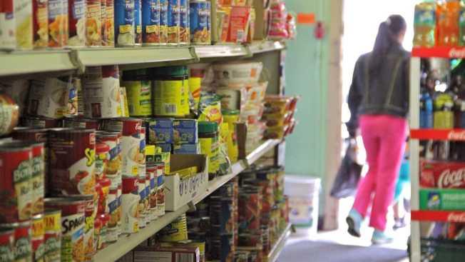Food Stamp Cuts Worry Grocers in Poor Neighborhoods