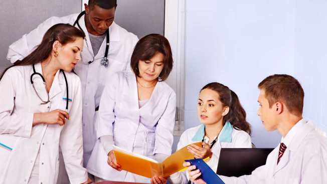 Drexel Prof Prescribes Health Care Business Course for Med Students
