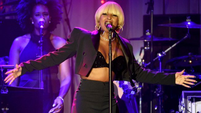 Mary J. Blige, Chance, Neil Diamond Shine at Pre-Grammy Gala