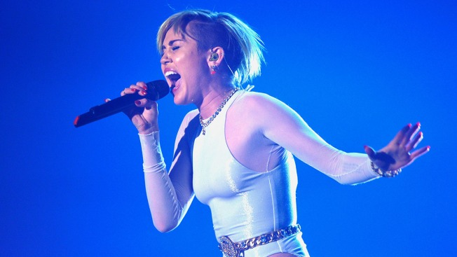Miley Cyrus Postpones More Tour Dates