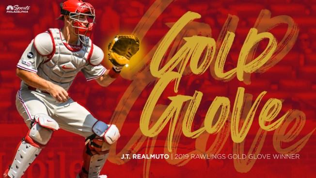 Phillies' J.T. Realmuto Wins Gold Glove Award