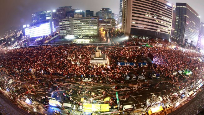 Anti-Park Protesters March in Seoul for 5th Straight Week