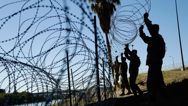 Trump Administration Wants to Send More Troops to Border to String Wire Fencing