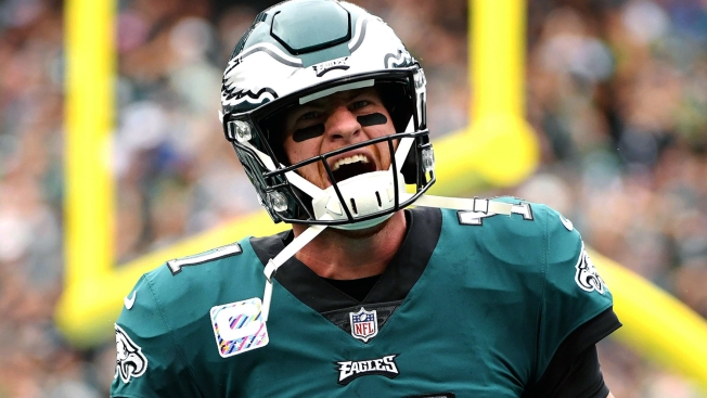 In Career Day, Carson Wentz's 3rd-down Mastery Continues in Eagles' Win Over Cardinals