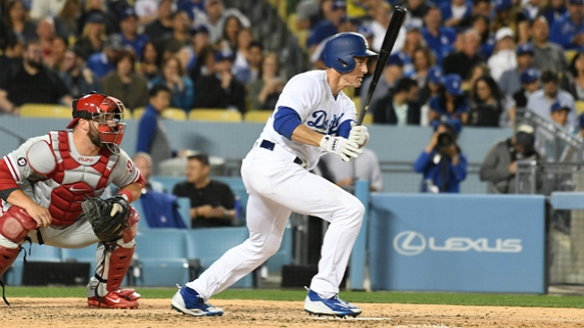 Chase Utley Nearly Pulls Off Hidden-ball Trick in Rare 1st Base Start