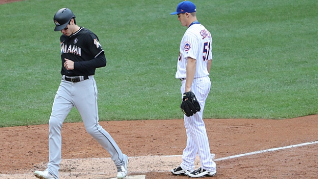 Mets top Marlins 11-3 with early burst as Cabrera gets hurt