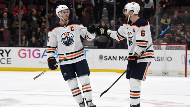 McDavid Stars as Oilers Overcome Last-minute Collapse