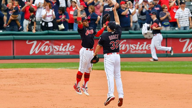 Best of MLB: Indians Set AL Record With 21st Straight Win