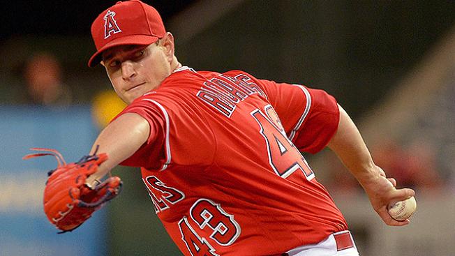 MLB Notes: Garrett Richards Likely Needs Tommy John Surgery