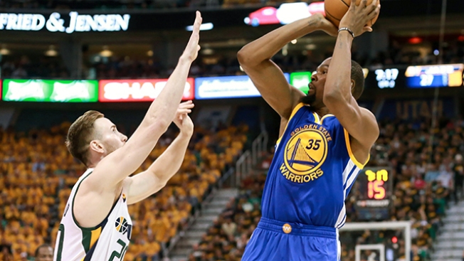 NBA Playoffs: Kevin Durant Leads Warriors to 3-0 Series Lead Over Jazz