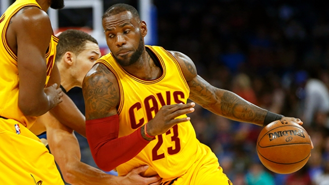 Best of NBA  LeBron s Triple-double Helps Cavaliers Snap 3-game Losing  Streak 30bcaad3e