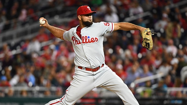 Phillies Avoid Arbitration With Key Reliever