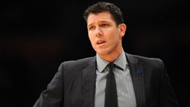 Luke Walton Doesn't Believe in Sixers-like Tanking, Which Is Great for Sixers