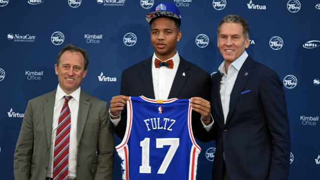 Markelle Fultz leaves summer league game with ankle injury