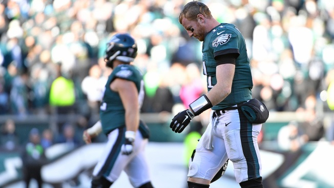 Carson Wentz Explains What He Saw on Eagles' Ugly Final Drive