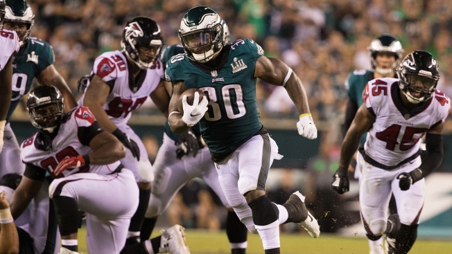 An Unlikely Source Fuels Eagles' Furious Comeback Over Giants