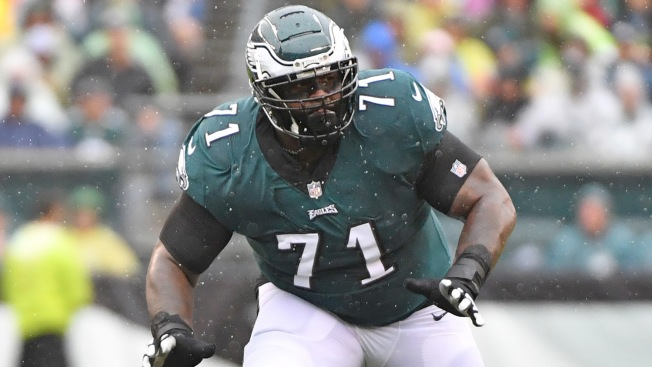 Eagles Injury Update: Jason Peters, Nigel Bradham Questionable to Return Against Vikings