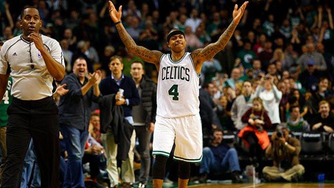 NBA Notes: No Decision on Hip Surgery for Celtics' Isaiah Thomas