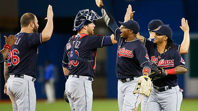 Best of MLB: Indians Outlast Blue Jays in 19 Innings for Record 14th Straight Win