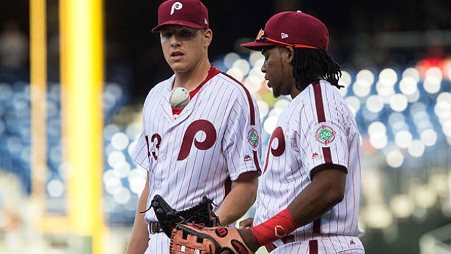 Phils hit 6 homers in 7-1 rout of Padres