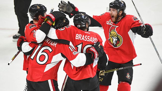 NHL Playoffs: Senators Thump Penguins in Game 3 to Take Series Lead