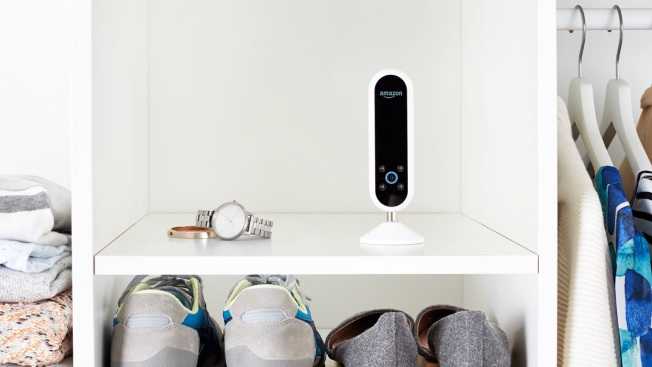 Amazon Announces the Echo Look, a Camera That Keeps Track of Your Outfits
