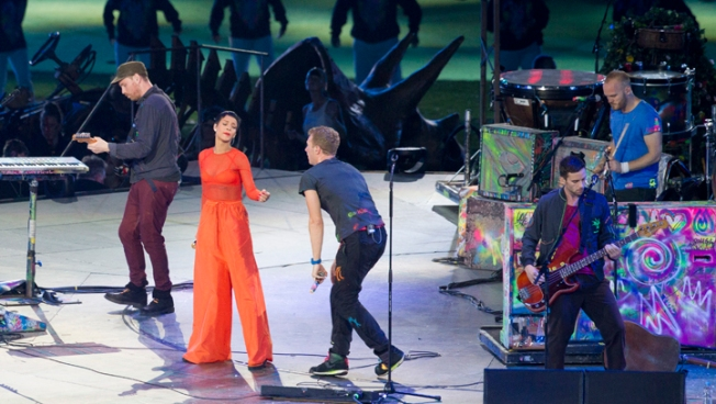 Coldplay, Rihanna, Jay-Z Close London Paralympics