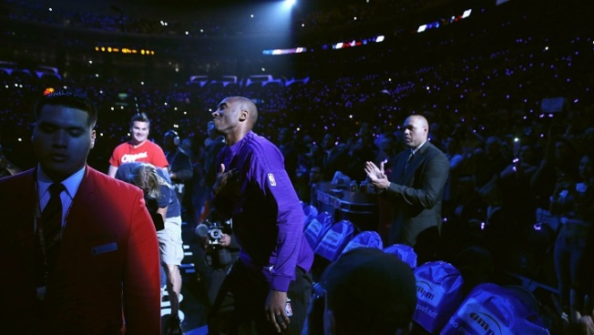 Clippers Play Video Honoring Kobe Bryant